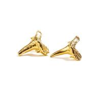 Christina_jervey_handcrafted_jewelry_tooth_shark_sharktooth_handmade_gold_jewelrydesign_organic-earrings_stud.jpeg